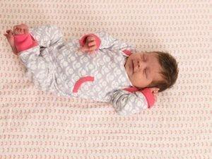 Fresk newborn baby babykleding goedkoop huren