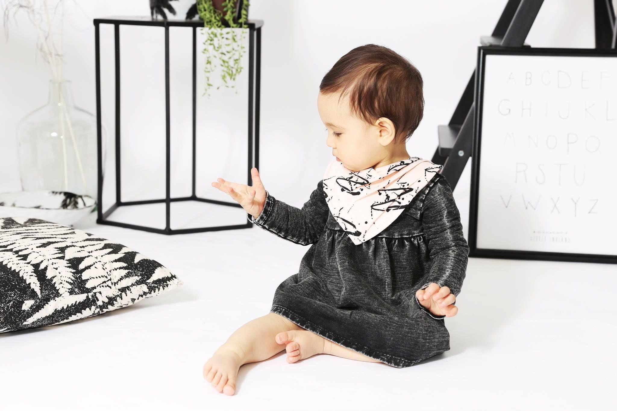 Babykleding Merkkleding.Little Indians Babykleding Duurzaam Huren Bij Cribster