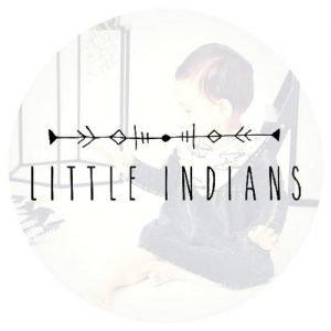 Babykleding merken Little Indians logo baby in jurkje