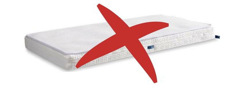 Aerosleep wieg matras topper onveilig slecht voor baby