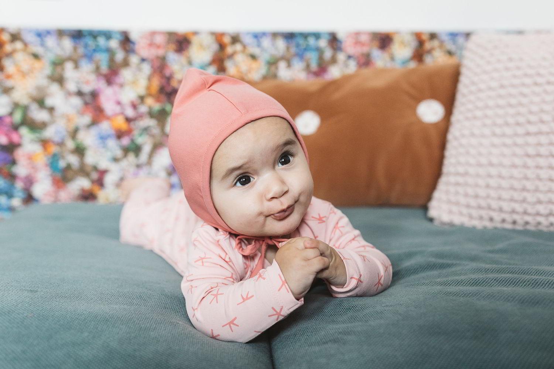 Babykleding Roze.Noeser Mutsje Roze Newborn Huur Je Duurzaam Bij Cribster