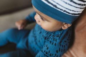 nOeser babykleding babykleertjes hat mutsje baby sprinkle blue