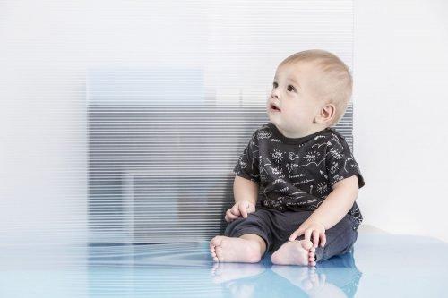 Imps Elfs organic babykleding baby zwart t-shirt baby kleertjes