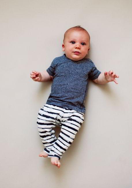 Kidscase babykleding organic blije baby gestreept broekje t-shirt