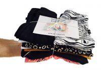 Babykleding pakket Cribster duurzaam en goedkoop op hand met kaartje